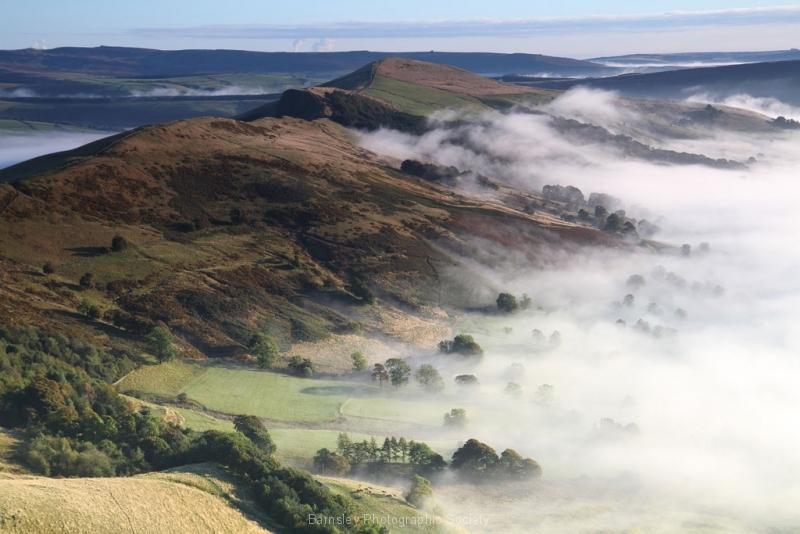Mist-along-Mam-Tor-Ridge