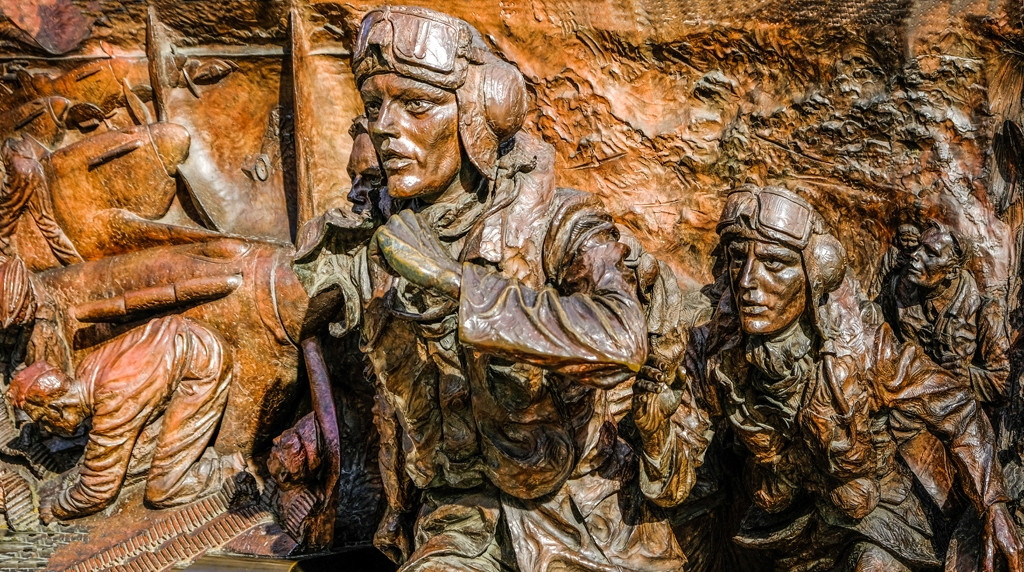RAF Memorial Statue by Phil Edwards