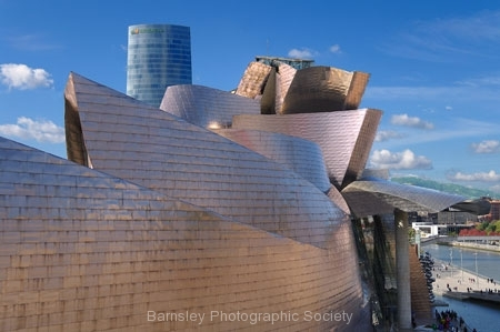 Guggenheim Museum, Bilbao by Phil Edwards