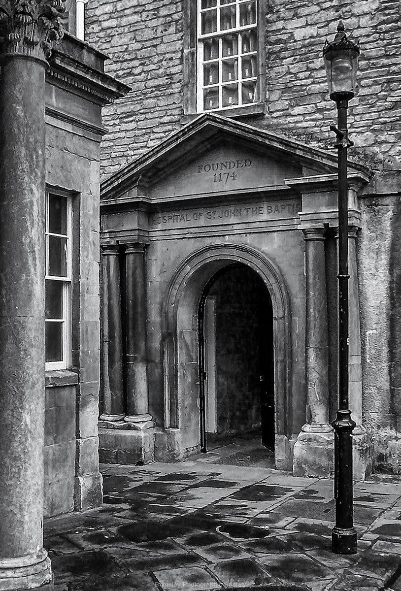 Old Bath Hospital by Phil Edwards