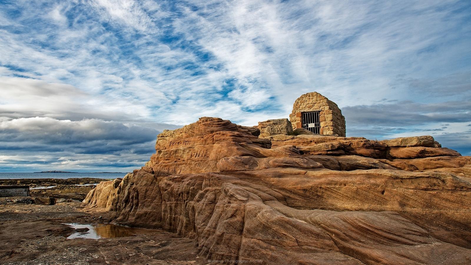 The Gunpowder Hut by Rob Mason