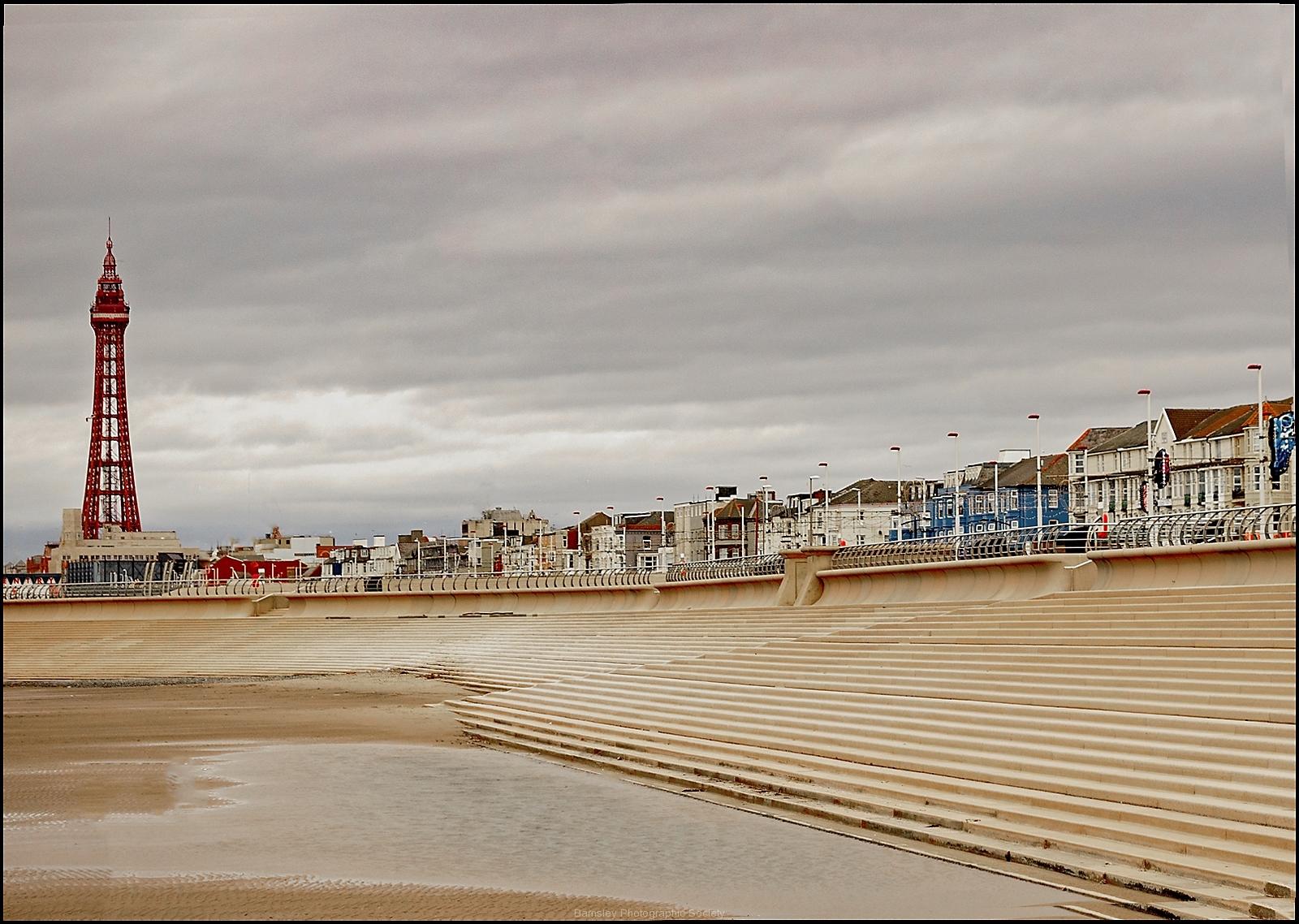 Blackpool Tower by Roy Lloyd