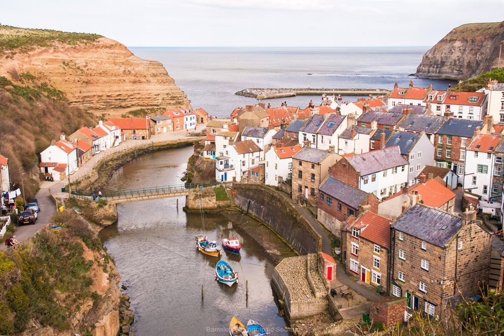 STAITHES by Tom Allison
